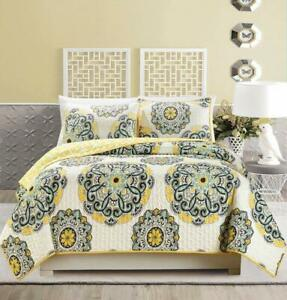 """3-Piece Fine Printed Oversize (115"""" X 95"""") Quilt Set Reversible Bedspread Coverl"""