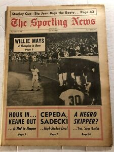 1966 Sporting News SAN FRANCISCO Giants WILLIE MAYS No Label A CHAMPION IS BORN