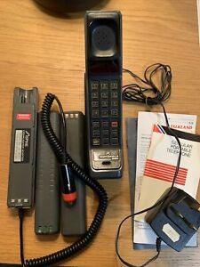 Motorola 8500X Mobile Phone Cell Vintage Retro Brick Telephone + Original Papers