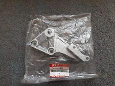 Suzuki Right Front Footrest Bracket SV650 S 99-02 GSXR 600 750 SRAD 43511-33e10