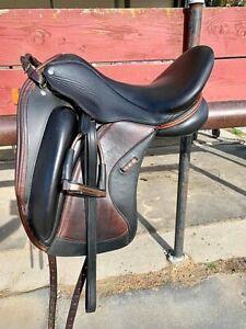 "Custom Saddlery Wolfgang Solo 2 Dressage Saddle MK2 17.5"" in Seat Long Knee Roll"