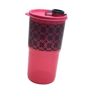 Tupperware Thirstquake 30 oz Tumbler Pink Diamond Design with Flip Top Seal