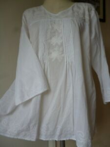 Indian white cotton Embroidered smock Blouse/Top, Hippy boho Festival,Beach2Bar.