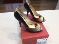 ROBERT ROBERT PEEP TOE PUMPS SIZE 37.5