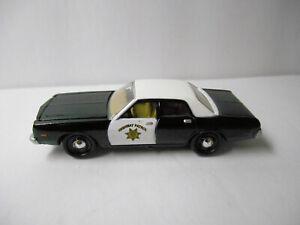 FOREVER 64 BLACK & WHITE 1977 DODGE MONACO HIGHWAY PATROL CAR JOHNNY LIGHTNING