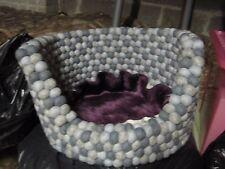 Gris & Crème Felt Ball Pet Chien Panier Lit 40 cm x 25 cm 100% laine & Handmade