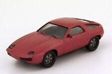 1:87 Porsche 928 rosé-rouge-met herpa 3013
