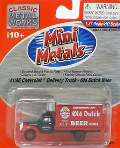Classic Metal Works HO Scale '41/46 Chevrolet Delivery Truck - Old Dutch Beer