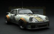 Exoto 1979 Lubrifilm Porsche 934 RSR / Le Mans Winner / 1:18 / #RLG19091FLP