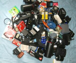 A JOBLOT OF CAMERA / PHOTO BITS AND ACCESSORIES #1