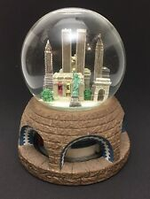 RARE Subway Metrolink New York Skyline Twin Towers Snow Globe Revolving Musical