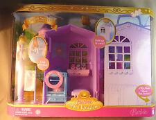 BARBIE Mini Kingdon Regal Sweets Playset Fold up & Carry 2006 NIB Bakery New