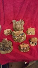 A Classic English collection of 7 Lilliput Lane Cottages and castles. 1991- 1999