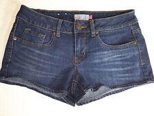 """SO Denim Womans Blue Jean Finished Hem Shorts SZ 7 Waist 28"""" Length 9 1/2"""""""