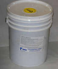Udylite Crystal Grease 320 5 Gallons