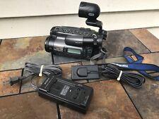 Sony CCD-TR101 Hi8 Video 8mm Handycam Camcorder Camera Bundle TESTED