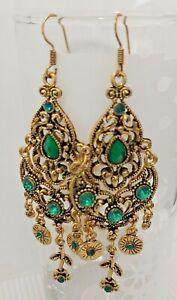 Gold Tone Pretty Green Boho Style Long Drop Earrings *NEW*