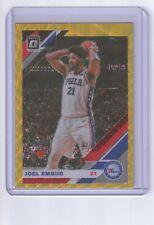 2019-20 Optic Joel Embiid Gold Wave Prizm SP #95 Philadelphia 76ers