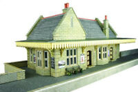 Metcalfe Stone Built Wayside Station OO Gauge Card Kit PO238