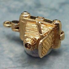 14k gold rare vintage CAMERA charm PHOTOGRAPHER inside
