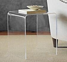 "Tavolino ""da caffé"" a ponte in plexiglass trasparente. L. 42,5 x P. 35 x H. 49,5"