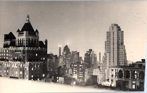 USA, New York, vue prise du Waldorf-Astoria, 1947 Vintage silver print  Tirage