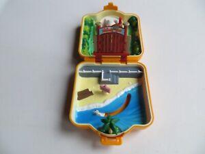 Tomy Nintendo Pokemon Park Polly Pocket Yellow Orange Playset Mini 1997 Compacts