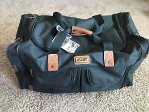 ASCOT duffel Bag, Large, Very Nice. NWT Green And Leather Accents