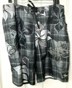 O'NEILL Mens Size 36 Smithers Board Shorts Swim Trunks Black Checks Floral $49