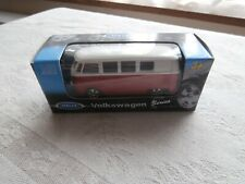 'Welly collection' red/white Volkswagen microbus 1962. No 52221. vgc in box