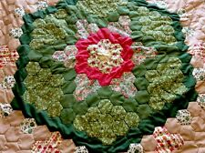 vintage Quilt hexagon shape patchwork quilt, bed throw Table Clothgreen BeigeVGC
