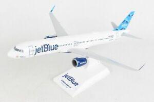 Skymarks SKR1025 Jetblue Airbus A321neo Streamers Desk Top Model 1/150 Airplane