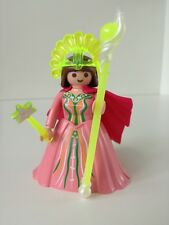 Playmobil 5459 - Figures Series 6; Pink Queen with cape