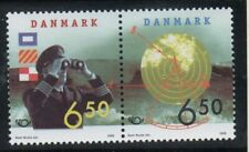 Denmark Sc 1099a 1998 Nordic stamp pair mint NH