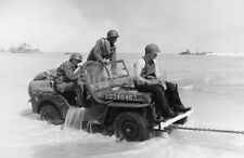 WW2 Photo Jeep is towed ashore in Normady beach June 1944 #667
