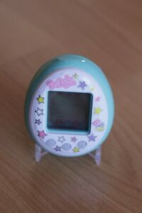 Tamagotchi Friends, Blue Tamatown Tamagotchi - Super cute, very nice condition!