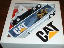 Caterpillar Cat Mural Dozer '96 Winross Truck