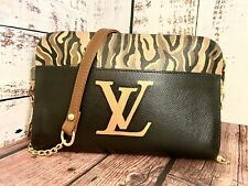 Louis Vuitton Clutch Crossbody Custom Painted Taiga Leather Authentic