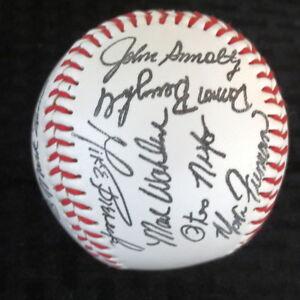 1991 Atlanta Braves Team Facsimile Autograph Baseball Smoltz/Glavine/Deion/
