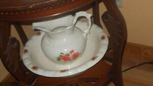 vintage wash basin and pitcher