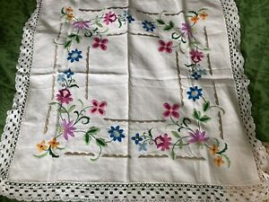 """exquisite Hand Embroidered Linen Tablecloth Crochet Lace Border 38""""38"""""""