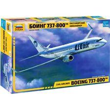 Zvezda 7019 Boeing 737-800 / B738 (Boeing) /american civil airliner/ 1/144