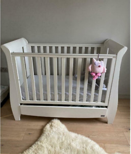 Large Cot and Toddler Bed USED. IN GOOD CONDITION