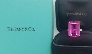 Tiffany & Co 18K YELLOW GOLD RING Gem pink sapphire 20.55ct. Emerald cut