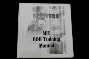 Vtg LIMITED MADE 2002 Hooters Management Kitchen Chef Cook Training Manual Book