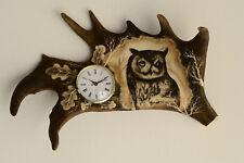 Geweih Uhr Nr.23 Handgraviert  Geschenk Jäger Abwurfstange Damhirsch Deko Eule