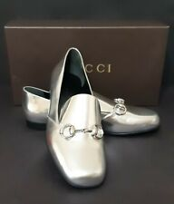 Gucci Kira Silver Loafers  size 37 US 6,5