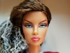 2014 Gloss Convention FASHION ROYALTY Grandiose Natalia Fatale IT  Doll NRFB
