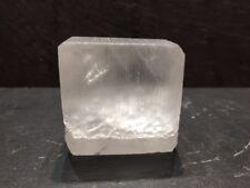 Pierre d'Alun en Forme de 80g Cube Poli - Potassium 100% Naturelle