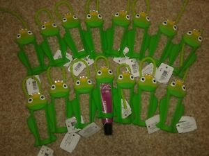 15x BATH and & BODY WORKS LIP GLOSS SLEEVE CARRIER HOLDER GREEN FROG RARE LOT